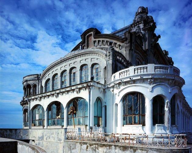 Casino-Constanza-Romania-2-629x500.jpg