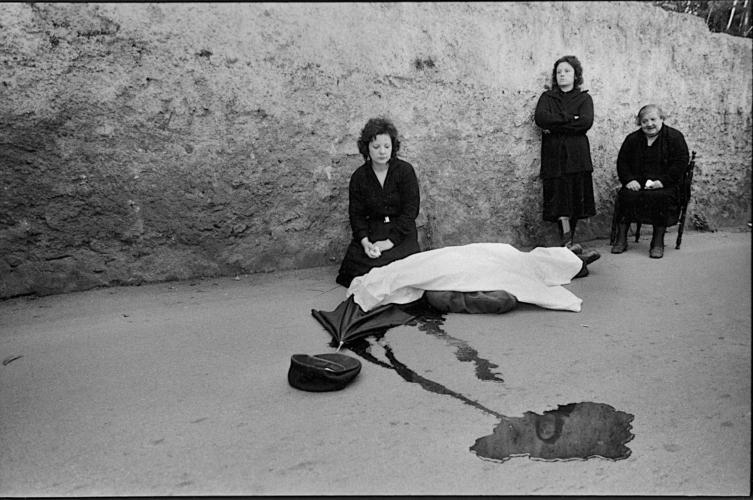 PUNCTUM-letizia-battaglia-Fotoreportage-di-un-omicidio-con-il-fotografo-e-compagno-di-vita-Franco-Zecchin-753x500.jpg